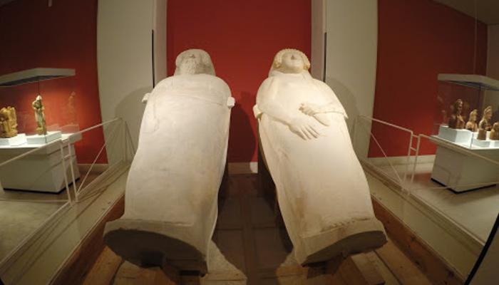 sarcofagos-antropomorfos